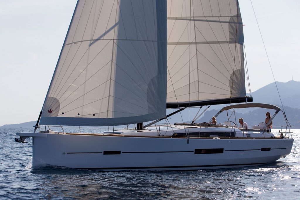 Dufour Yachts 520 GRAND LARGE picture